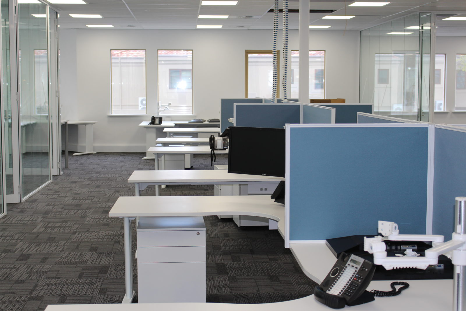 office cleaning service perth  office window cleaning