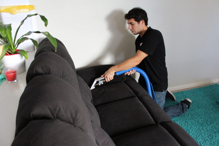 sofa cleaning perth